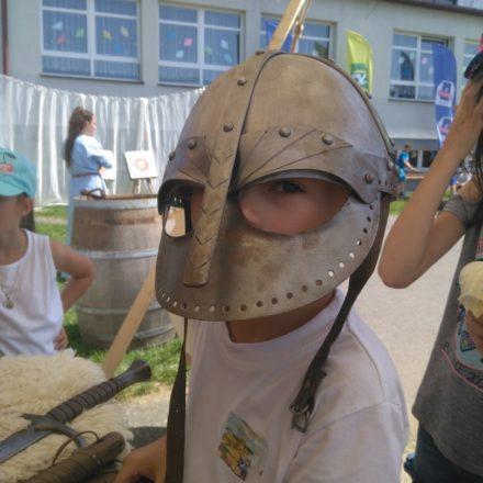 Festyn z okazji 10-lecia Katolickiej Szkoły Podstawowej przy Parafii Św. Heleny